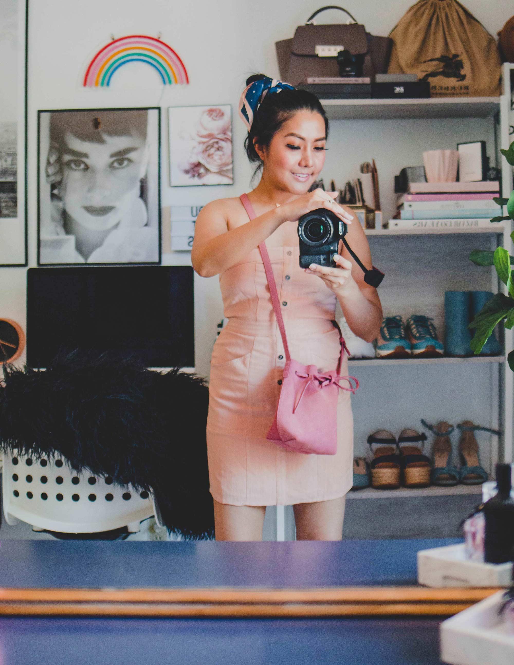 Inexpensive Summer Dresses_Peach summer dress_instagram_@thevibescloset_lulus