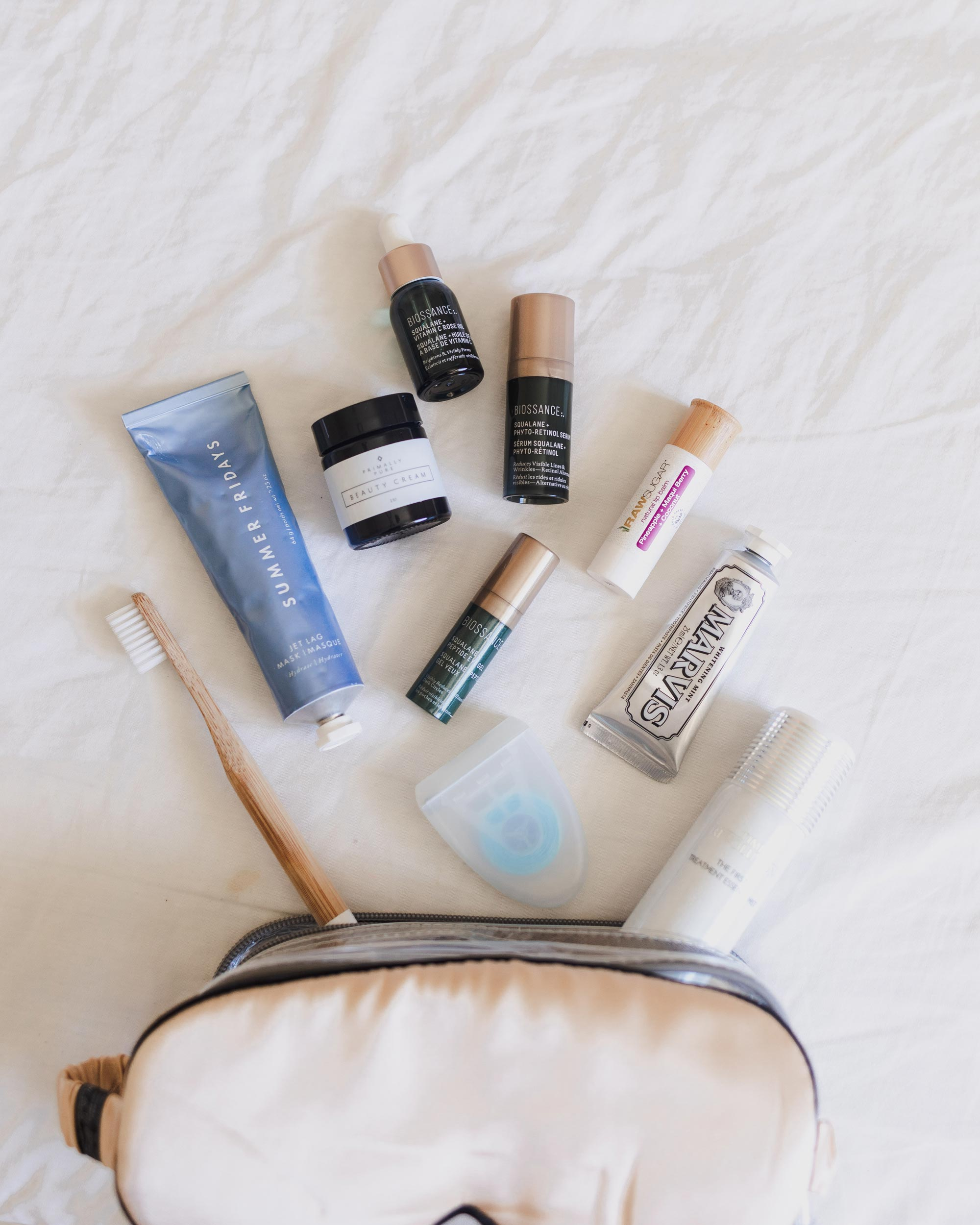 Holiday Trip | What's in my toiletry bag?